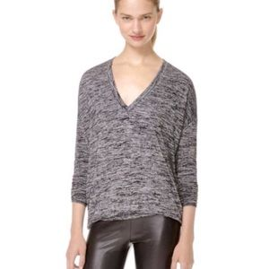 Aritzia Wilfred free v neck top